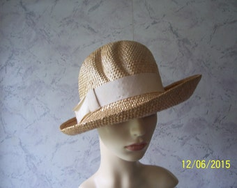 Early Natural Weave  Cloche Style Authentic Vintage  Formal/Special/Occasion Hat