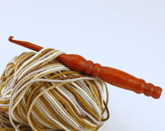 Free Shipping to United States! Pick Your Size Wooden Crochet Hook In Padauk