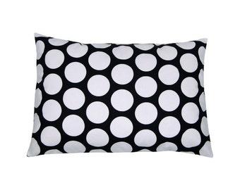 Pillowcase points black and white DANDIE 40 x 60 cm