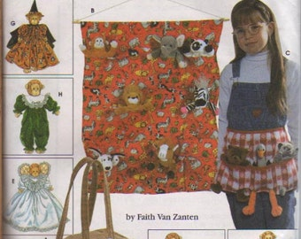 Simplicity Pattern 7695 Wallhanging, Apron, Bag, and Clothes for Bean Bag Animals