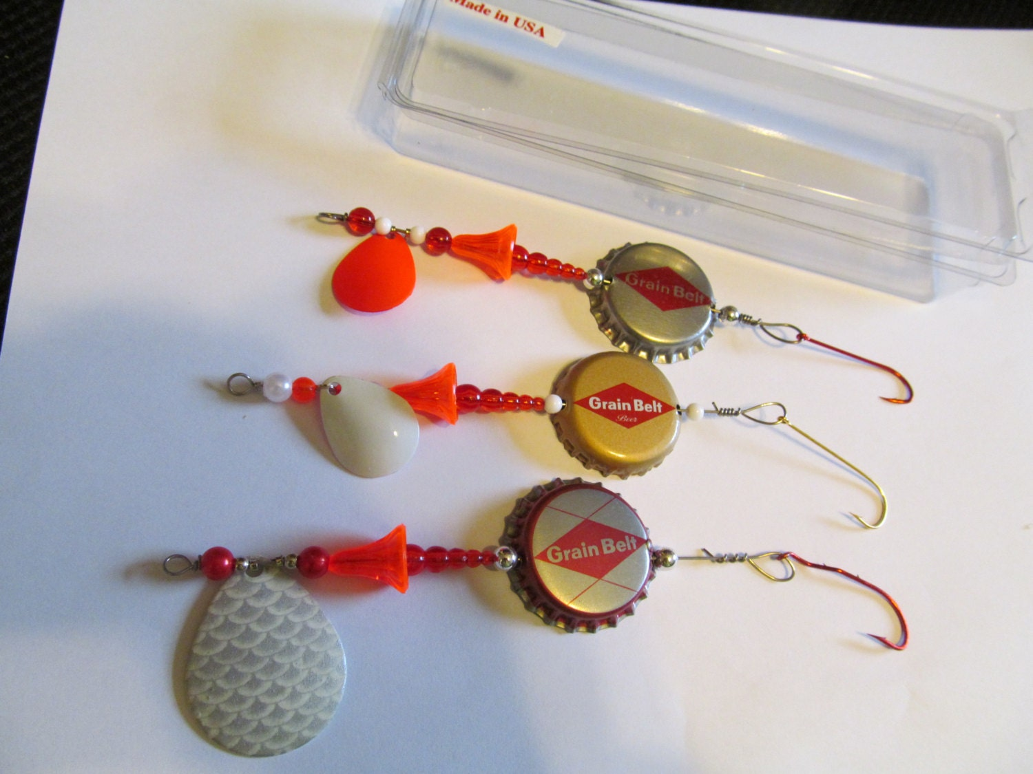 Three fishing lure beer bottle caps three by luresnstuff for Bottle cap fishing lure