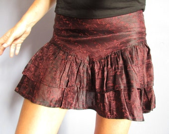 Mini skirt in Maroon satin