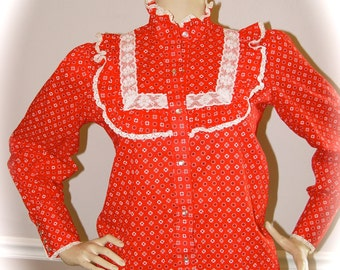 Karman made is the US red 70's western snap button woman's ruffle shirt size Medium