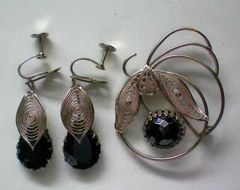 West Germany Onyx  Filigree Brooch & Earrings - 3930