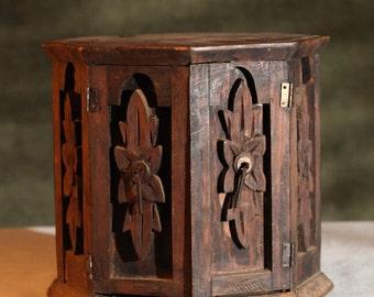 VINTAGE Hand Made Ornate WOOD Octagon Jewelry Trinket Box