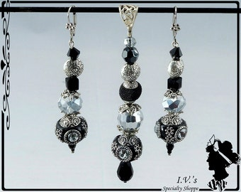 Black and Silver Pendant and Earrings Set