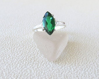 R226 Green Topaz Genuine Marquise Solitaire Style Ring set in Sterling Silver
