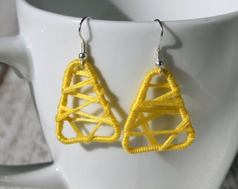 Leightweight earrings yellow cotton, sommerly