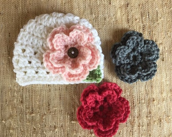 Crocheted beanie with flowers, baby girl hat, removable flowers, baby gift, baby photo prop, girls hat