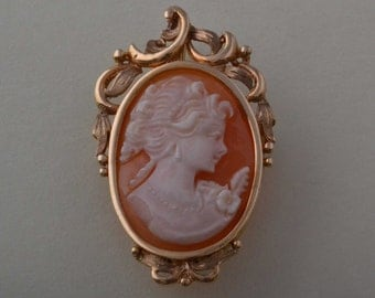 9ct Yellow Gold 1940's Brooch / Pendant With A Cameo
