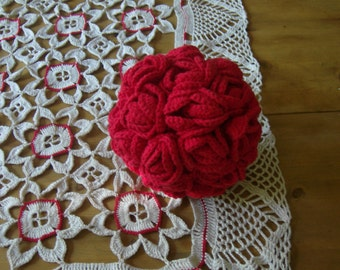 crocheted roses ball