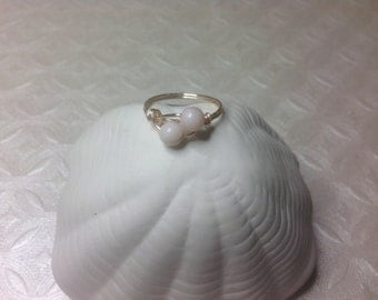 Double pink shell ring