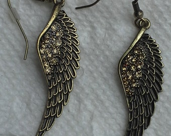 Vintage bronze tone, clear rhinestones feather dangling pierce earrings