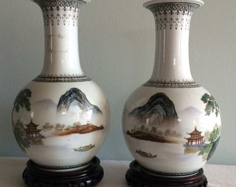 A Pair of Chinese Jingdezhen Famille Rose Vase landscape with Artist Seal Marked
