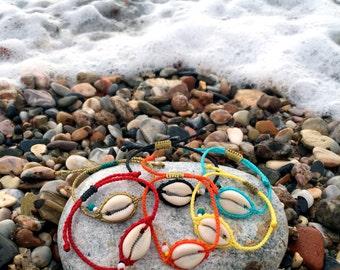 Seashell macrame bracelets