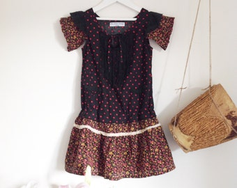 Sale Children's Girls Black Polkadot Dress.Size 4 to 6.