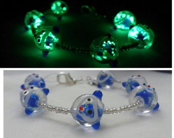 Glowing Bracelet - Glow in the dark Bracelet - Monkey Beads - Glowing Jewelry - Glow in the Dark Jewelry - Lampwork Beads - Blue Bracelet