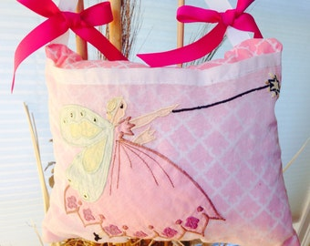 Girl Tooth  pillow Pink, Purple, yellow, mint.   Pink Tooth pillow, girl tooth fairy pillow.