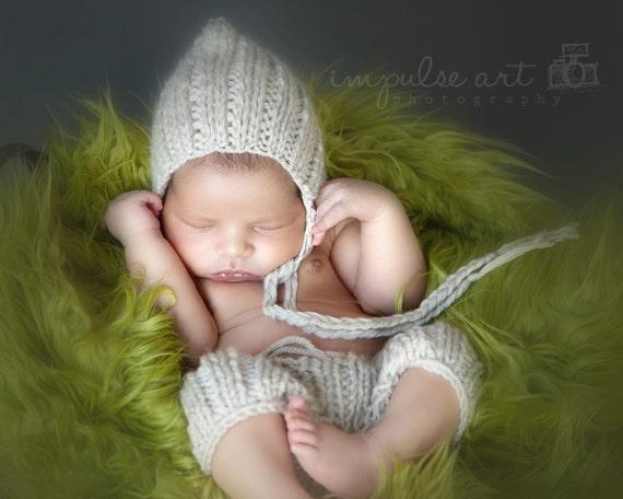 Pattern - Chunky Newborn Knit Shorts and Pixie Hat Pattern