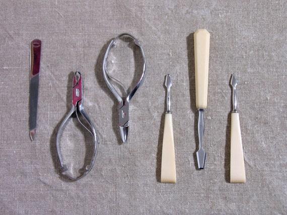 french nogent manicure set french antique ivory manicure set. Black Bedroom Furniture Sets. Home Design Ideas
