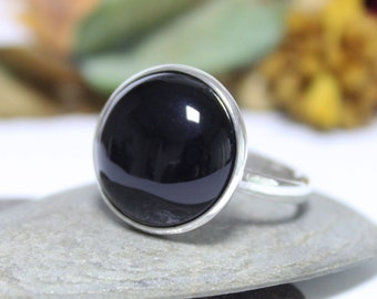 Simple Onyx Silver Ring, Statement Ring, Cocktail Ring, Black Gemstone Ring, Stacking Ring, Simple Handmade Ring