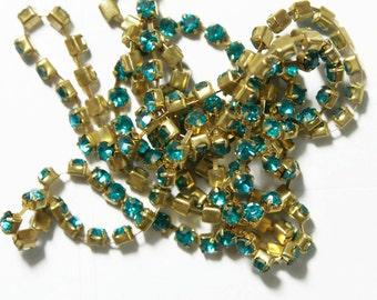 Enamel Blue Colour Crystal Chain