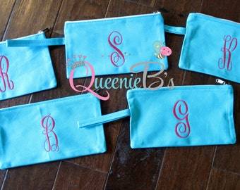 Monogrammed Wristlet Clutch Purse / Bridesmaid Gift/ Graduation Gift