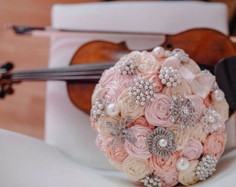 Ivory and blush pink brooch bouquet. Vintage ribbon rose bridal bouquet. Fabric bouquet. Blush pink boquuet. Ribbon rose bouquet