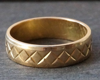 Vintage 18k Yellow Gold Etched X Wedding Stacking Band Ring Size 7.25