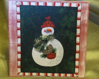 Snowman with pinecone standing plaque