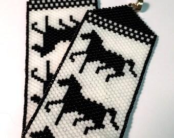 Horse Silohuete Peyote Beaded Bracelet Black & White