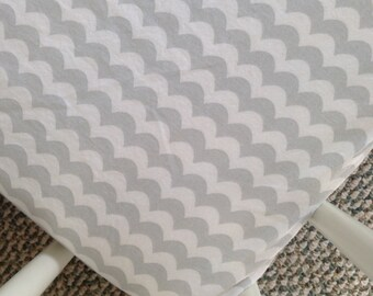 SALE! Grey scalloped fitted crib sheet