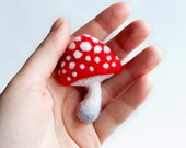 Mushroom Brooch - Amanita - Hand Felted Brooch - Wool Plant - Red Brooch - Needle Felting