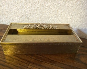 BRASS TISSUE BOX,  Vintage Metal Tissue Box, Floral Motive Tissue Box Gold Tone Tissue Box