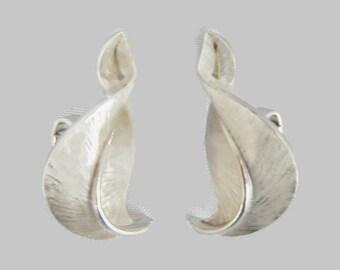 Vintage Crown Trifari Earrings - brushed silvertone, clip on style - 1960s - swirl, leaf, classic, retro