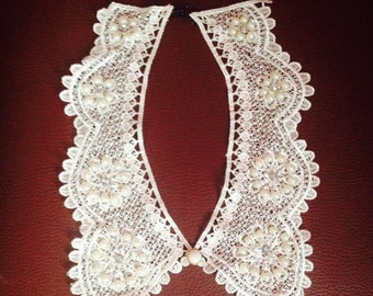 Grace lace collar