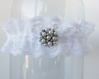Lace garter, Pearl garter set, Rhinestone garter, White garter, Bridal garter - Cleo - white delicate lace, pearl bridal garter