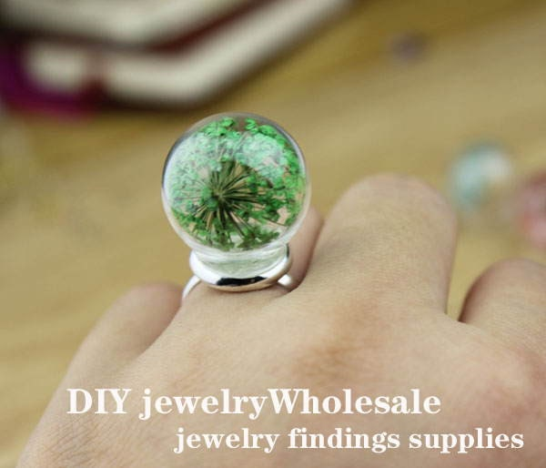 Glass Bottle And Dried Flowers Decoration Pendants From