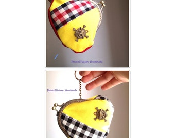 Hand sewn original coin purses - One Piece - red / black / yellow