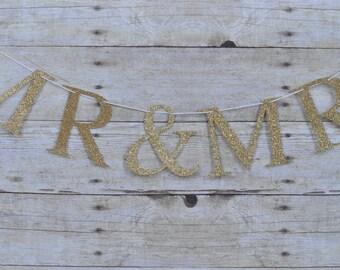 Mr & Mrs banner, wedding banner, gold wedding banner, gold Mr and Mrs banner, wedding decor, gold wedding decor, Anniversary banner