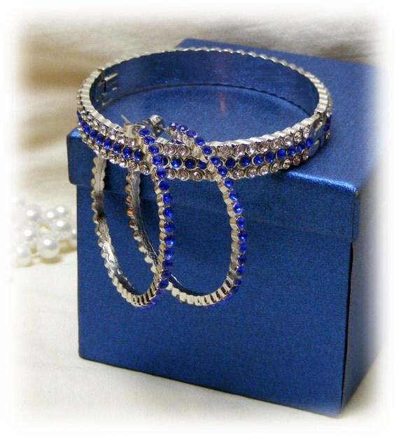 FAUX SAPPHIRE & CRYSTAL Jewlery Set . .  Bracelet and Earrings