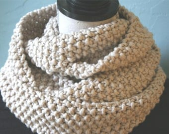 Chunky Knit White Scarf / Handknit Scarf