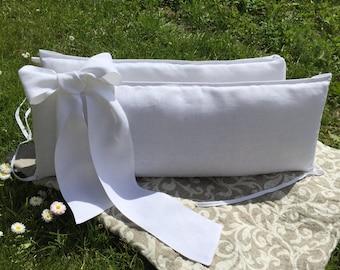 Crib bumper with bows /// Crib bedding, Nursery bedding, Cot bedding