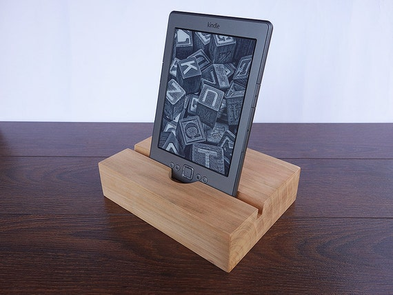ipad air 2 docking station ipad air stand wooden ipad. Black Bedroom Furniture Sets. Home Design Ideas