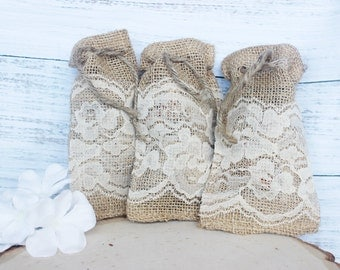 Burlap favor bags, Rustic wedding favors, Favor Bags, Party Favors, Burlap and lace, lace favor bag, 3x5 natural jute string