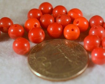 Glass Beads:  Opaque Shades of Red, Vintage, Glass Rounds, 7mm , Clean   DSC0175