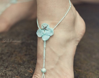 Aqua blue beaded barefoot sandals; wedding barefoot sandals; beach barefoot sandals; foot jewelry