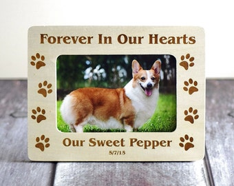 Personalized Pet Memorial dog picture frame- 4x6 frame- Paw prints on our hearts- Cat Frame- Dog Frame