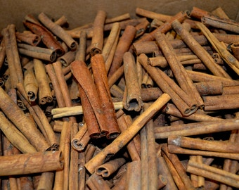 Cinnamon Sticks and Pieces-1 lb.