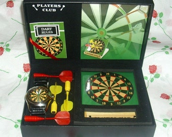 Darts Players Club Gift Box Set Includes Dart Watch Magnetic Board & Darts Sport Memorabilia Sports Present Collectable Vintage Bullseye